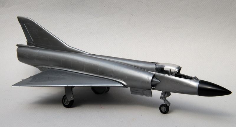 Heller-Buzco_Mirage_IIIR_1-50_montage_08